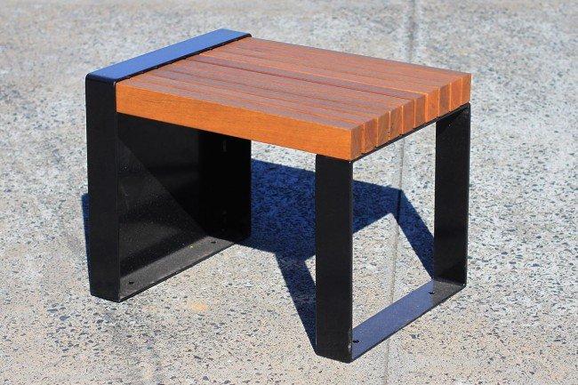 TM4506 (Australian hardwood timber battens, powdercoated frame)