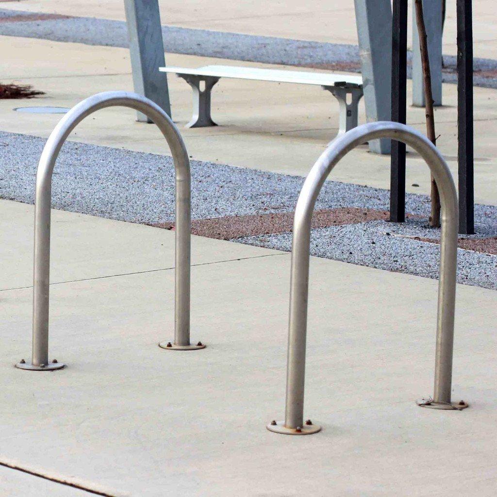 BR7010 Hoop Bike Leaning Rail Thumbnail