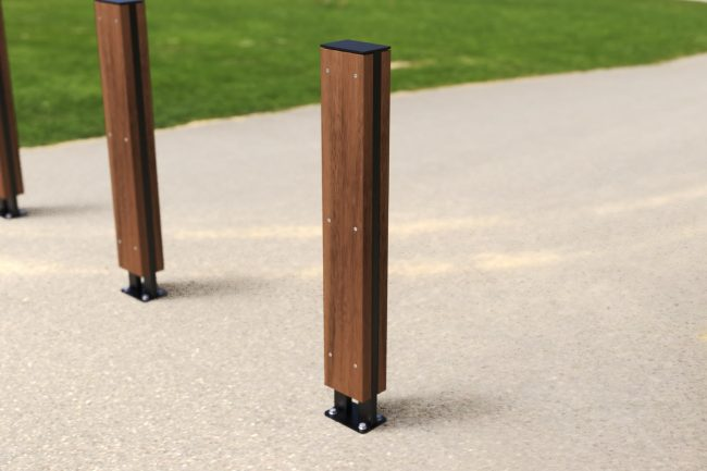 Satin Black Alfresco Bollard with Spotted Gum Battens